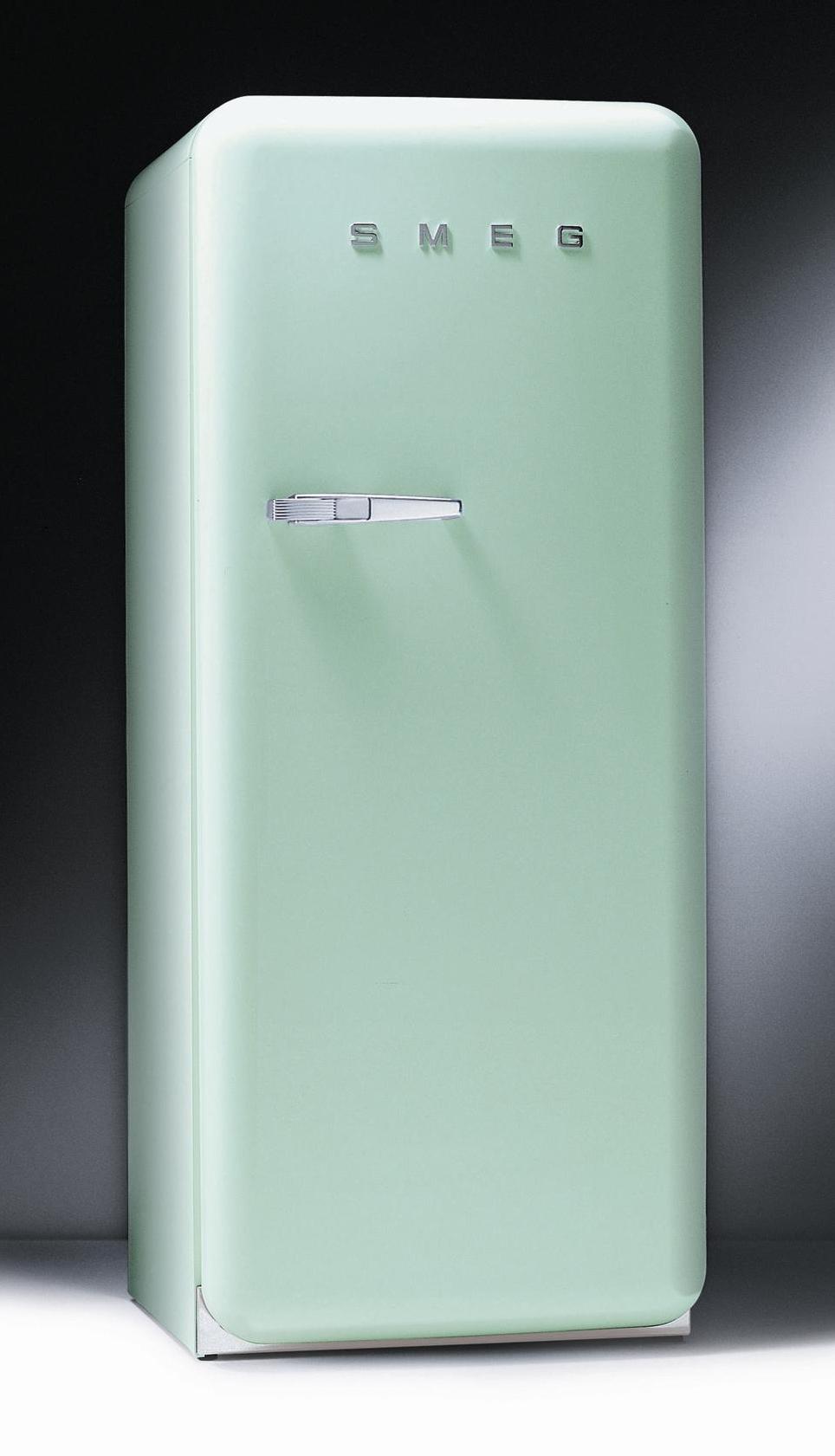 Standkuehlschrank smeg fab28 retro 50 style modulkuchen for Standkühlschrank